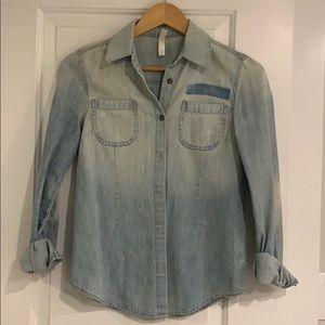 Denim long-sleeve button down shirt